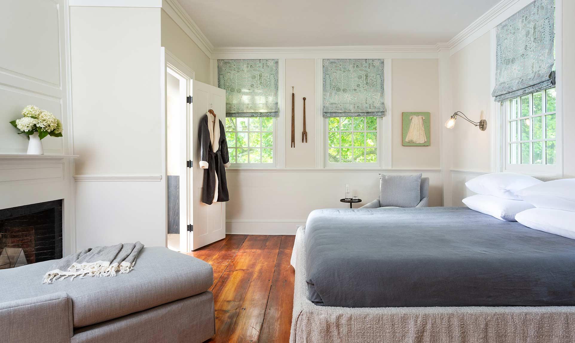 Gregg Room, romantic Monadnock lodging