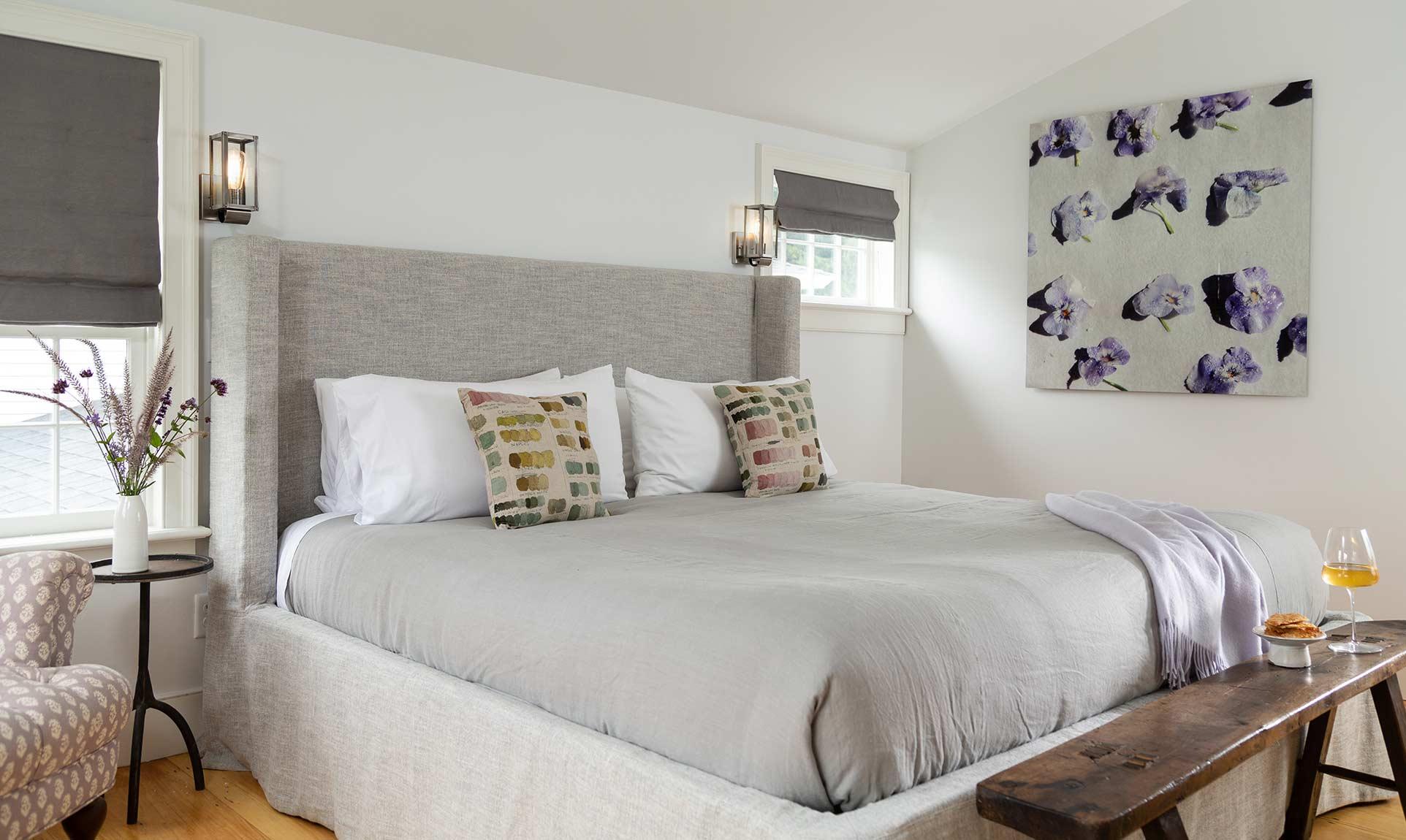 Locke Room Bed